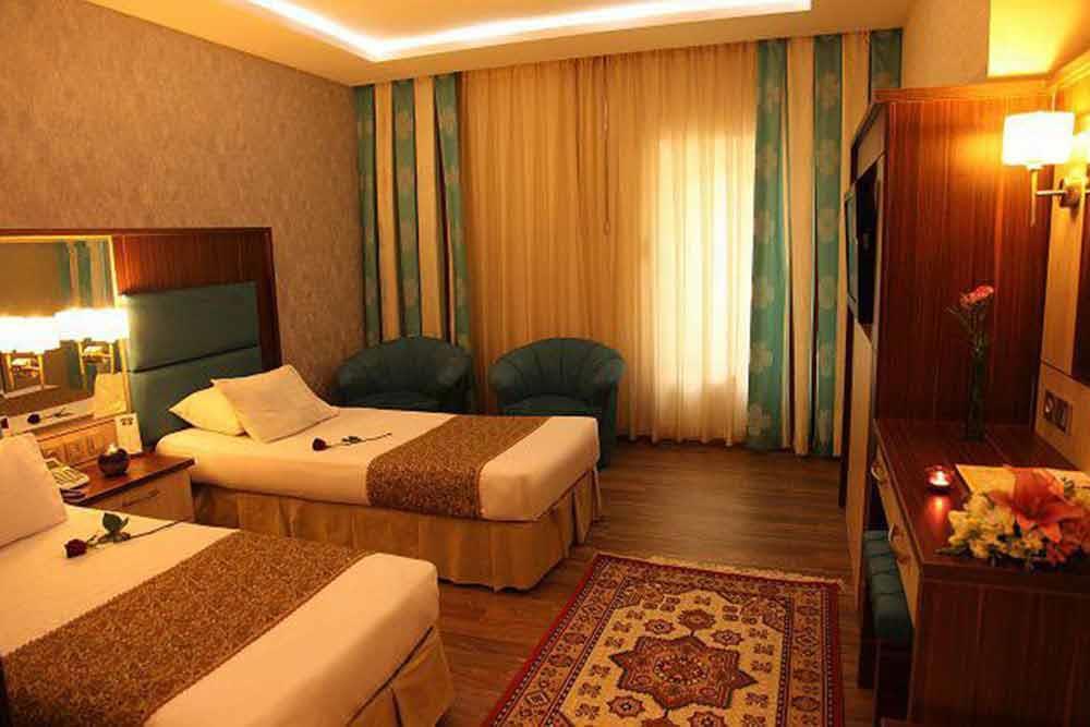 Parsian Ali Qapu Hotel in Isfahan