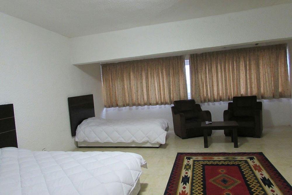 Goldis Hotel in Kish