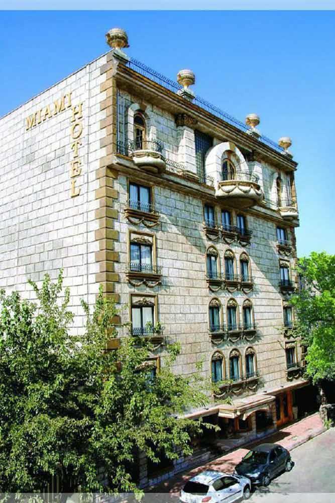 Mayamey Hotel in Mashhad