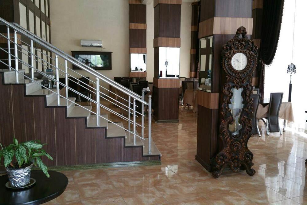 Azadi Hotel in Qeshm