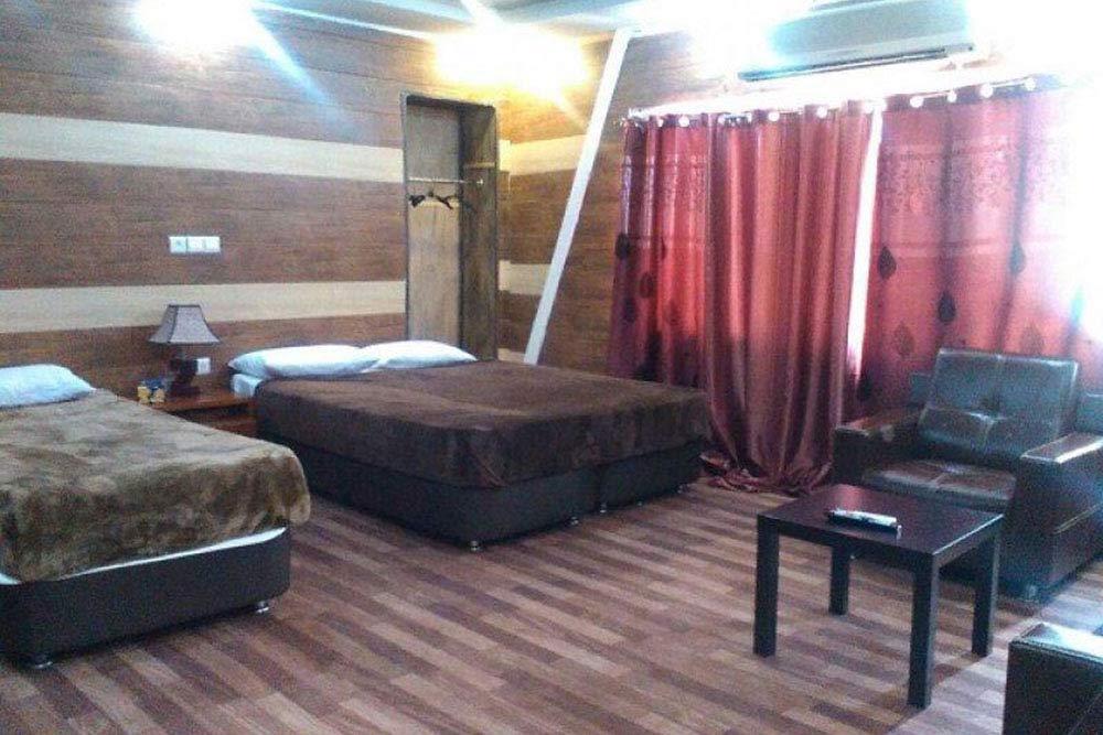 Nakhle Zarin Hotel in Qeshm