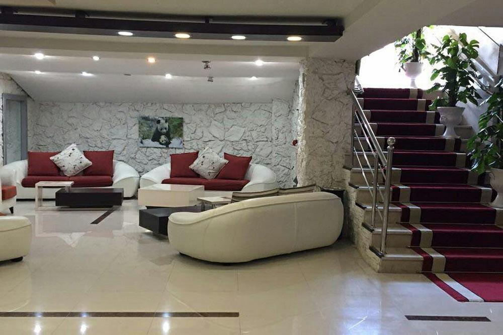 Plus Apartment Hotel in Qeshm