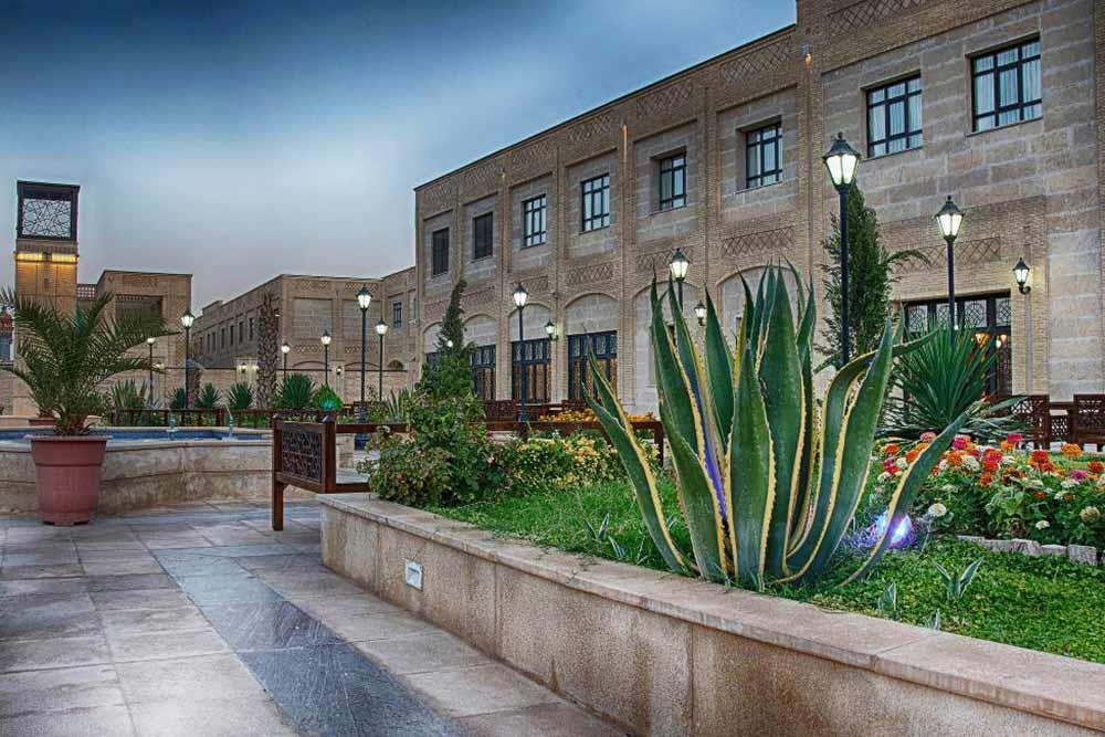 Beynolharameyn Hotel in Shiraz