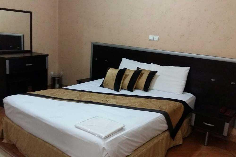 Parmis Apartment Hotel in Shiraz