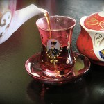 tea in iran-kamar barik glass