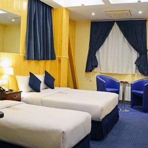 setaregan hotel in Shiraz.room