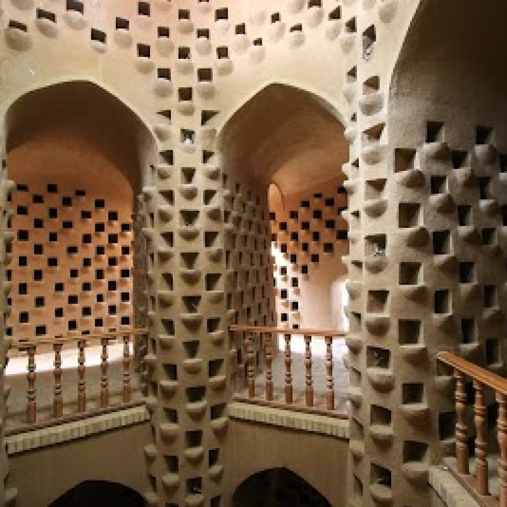 Giorno 6, martedì (2 gennaio2020): Isfahan-Nain-Meybod