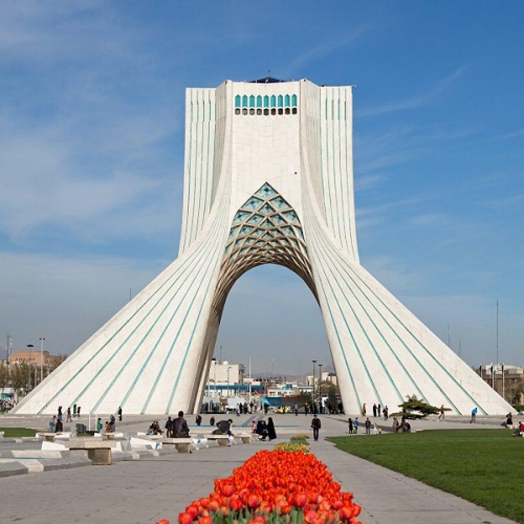Giorno 1: Arrivo a Tehran