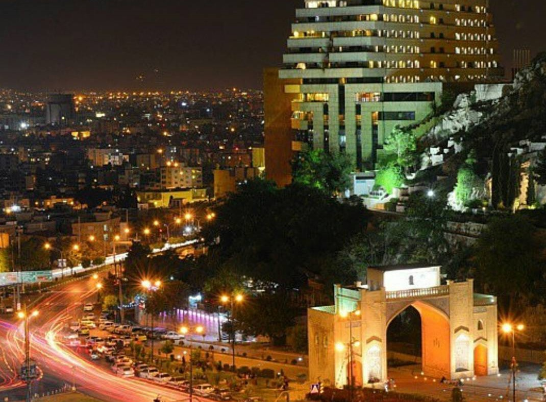 Giorno 1: Italia – Shiraz