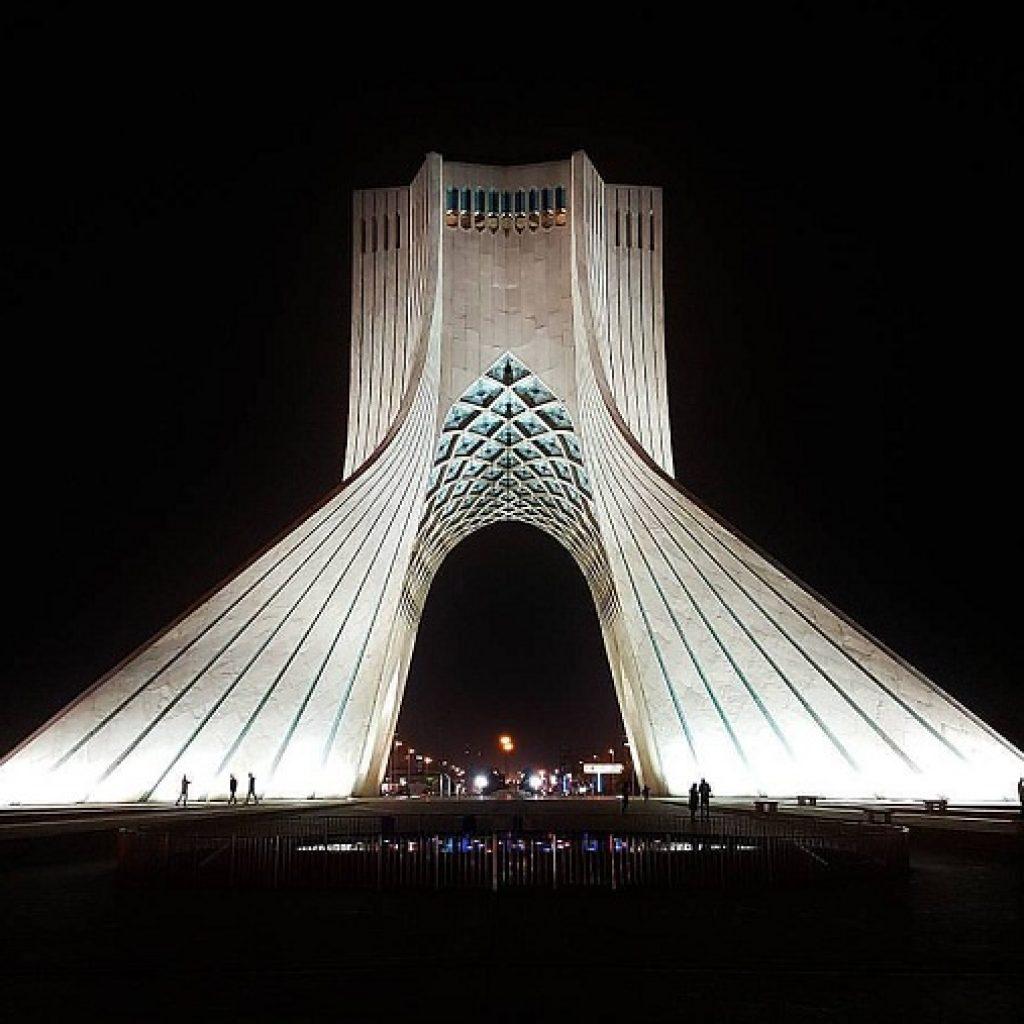 Giorno 1, 14 Dicembre: Arrivo a Tehran