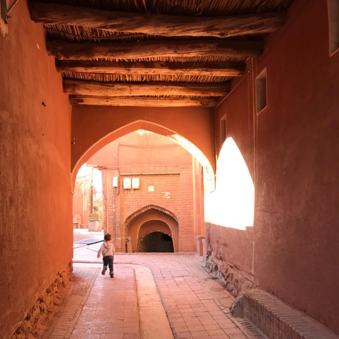 Day 9: Esfahan – Abyaneh- Kashan