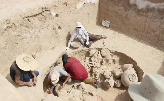 Day 8: Visiting Bronze Age Archaeological Site