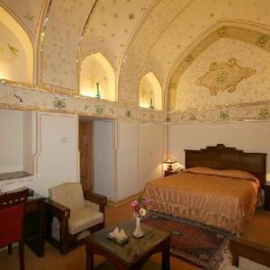 Hotel abbasi room