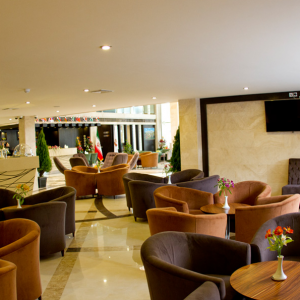 Royal hotel shiraz.cofeshop