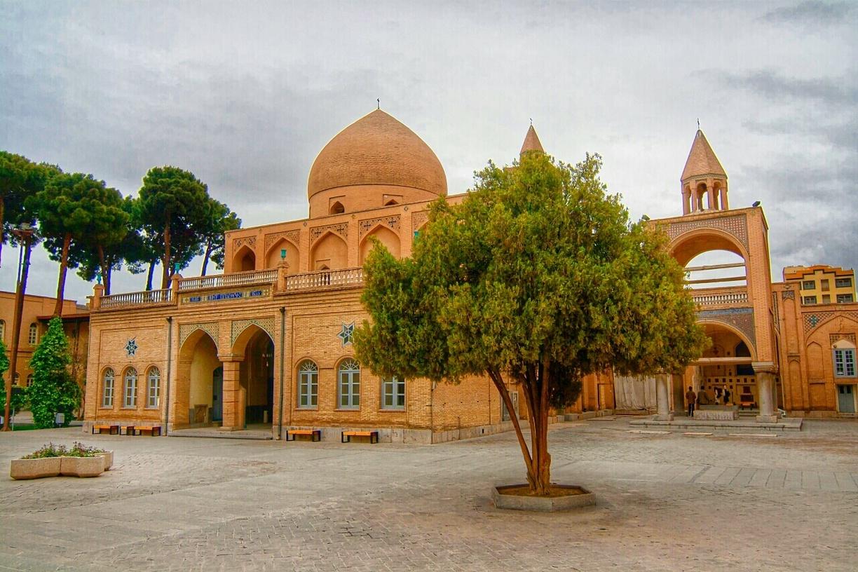 Day 6: Isfahan – Varzaneh
